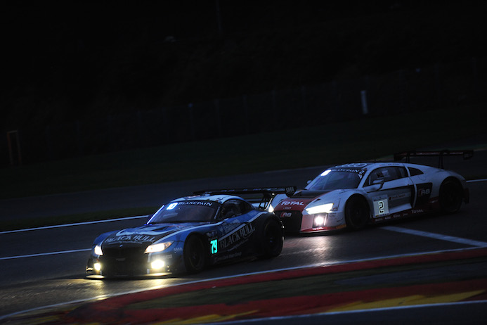 Ragus BMW Z4 GT3 In Night Time Conditions