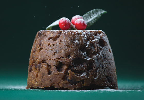 How can different sugars affect Christmas pudding?